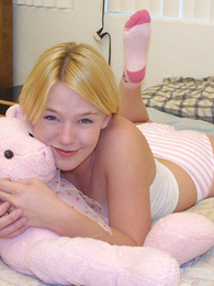 Shy blondie with beautiful bust massages her pink