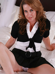 Titillating MILF Alex cant get enough of those satin cut-offs coupled with having a concise time on her hands lets you discern what is lower her skirt!