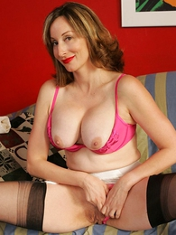 Grown up prexy milf in a girdle