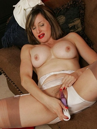 Mature stocking lady plays with her twaddle