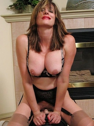 Busty mature on sybian