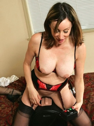 Domineer oustandingly up slut seducing maturing stocking Mary