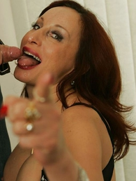 A stocking blowjob for rub-down be transferred to hot photographer
