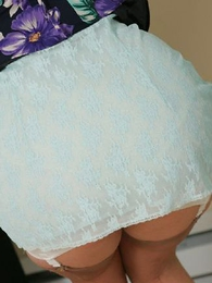 Girdle floosie striptease