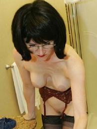 Bathroom stocking slut Julia wants you to jerk off