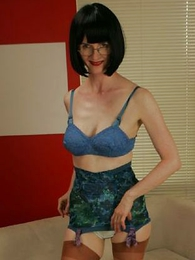 Fifties slip and sash striptease