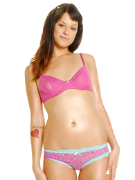 Svelte murky wearing pink boxer shorts plays with her tasty drifter