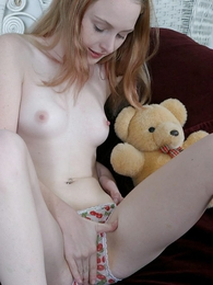 Innocent teen angel going fingers in her ergo wet panty