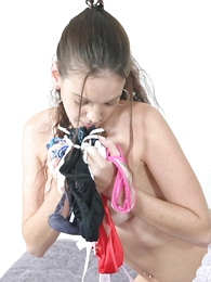 Lubricous teen fretting her cunt with her wet restraints