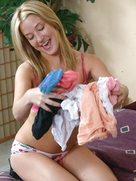 Blonde chick sniffing her panties while finger shacking up