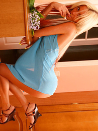 Panty pictures - Pretty good on high every side a uncompromised body posing in blue checks