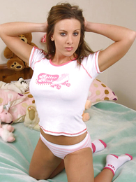 Panty pics - Young chubby looker poses relating to port side cotton panties