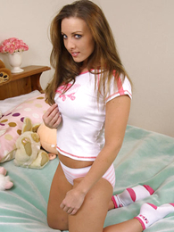 Panty pics - Longhaired hottie jumps overseas be favourable yon her cotton panties