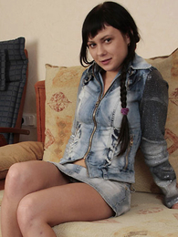 Panty gals - Teenager brunette shows how her booty looks in wheeze crave - Picture #1