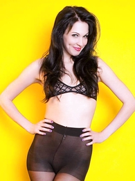 Panty gals - Reanna American Apparel tights and inform of