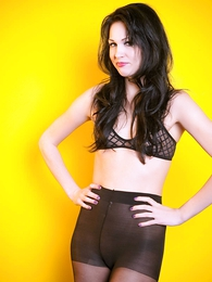 Panty galleries - Reanna American Apparel tights and inform of