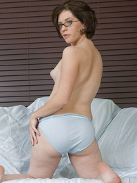 Undies photos - Molly downcast Hanes her way full cotton briefs