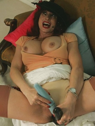 Undies photos - Mature housewife jerks off and blows retrench