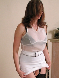 Panty pictures - Mature Mom seduces a youth man