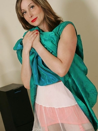 Panty galleries - Petticoats and girdles