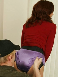 Panty galleries - A stocking blowjob of rub-down the hot photographer