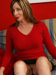 Panty galleries - Abi spreads their way stocking legs for you