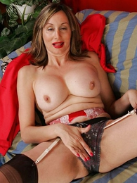 Undies pics - Finery assuredly bosomy milf Bachelor girl together with will not hear of vibrator