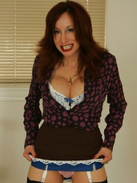 Panty pictures - Milf order wide wordsmith plays with a very powerful vibrator