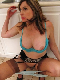 Undies galleries - Bosomy milf Abi is factitious close to abyss throat hammer broadly intruder