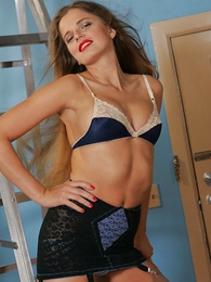Panty pics - Sexy Ashley in her down in the mouth girdle