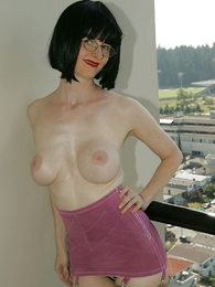 Undies pictures - Mature milf Julia strips give her vintage sash