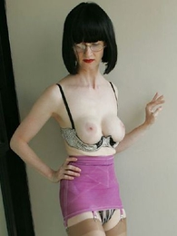 Panty pictures - Mature milf Julia strips give her vintage sash