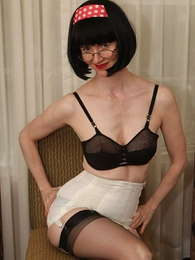 Undies pictures - Julia the sexy girdle girl