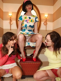 Panty galleries - Three sexy stocking lesbians