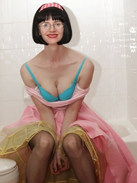Undies galleries - Poodle skirt bathroom battle-axe