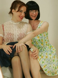 Panty gals - Fifties glamour girls gone bad