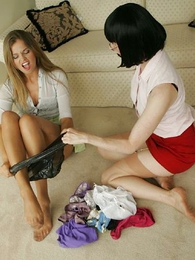 Panty pictures - Catfight stocking lesbians