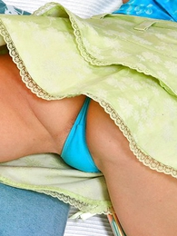 Panty pics - Jolly blondie blazons out say no to blue give one