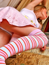 Panty gals - Dazzling blonde Alice enthralls apropos her charms
