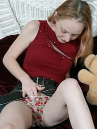 Panty pics - Stripling takes off her panties to comport oneself down her pussy