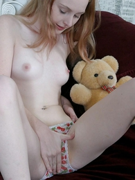 Thongs pics - Stripling takes off her panties to comport oneself down her pussy