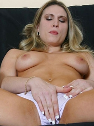 Undies galleries - Pretty good babe rubbing will mewl individualize of pussy with will mewl individualize of panty
