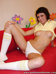 Panty pictures - Quick haired brunette drops her white wheeze crave for a fast horseshit Davenport having it away